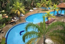 teluk-batik-resort-swimming-pool-8