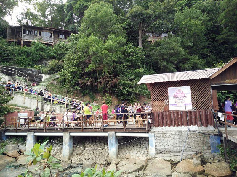 jungle-tracking-activity-and-afternoon-tea-at-beach-cafe-teluk-batik-02