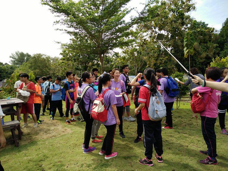 jungle-tracking-activity-and-afternoon-tea-at-beach-cafe-teluk-batik-07