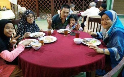 Family Gathering PPVAKL-09